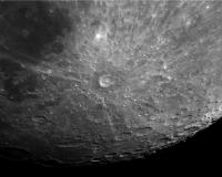 moon 17-04-08 22-01-29 x2